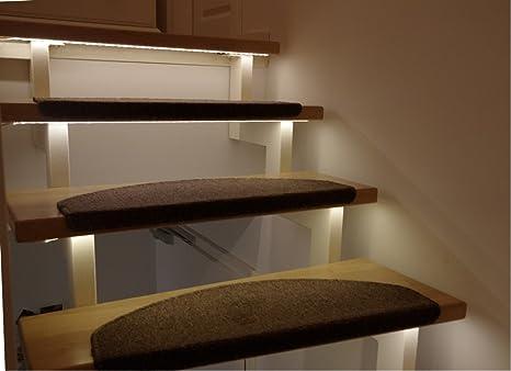 led treppenbeleuchtung fur den innenbereich warmweiss fur 7 stufen je 1 meter 0 5m anschluss optional mit dimmer amazon de beleuchtung
