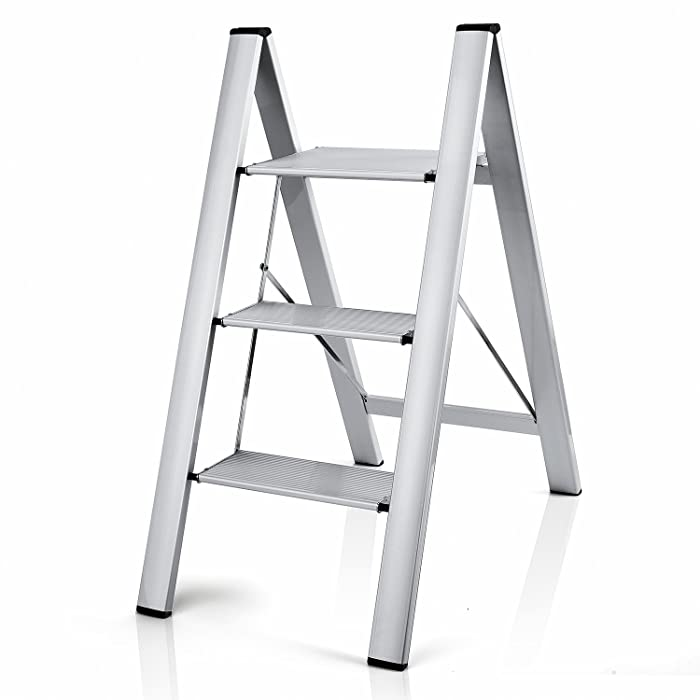 The Best Small Ladders For Kitchen