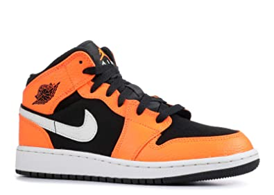 14c833cc530159 Nike Boys   Air Jordan 1 Mid (Gs) Basketball Shoes  Amazon.co.uk ...