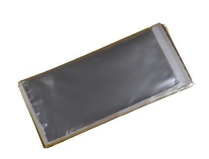 Paquete de 100 bolsas de celofán transparentes de tamaño DL para tarjetas de 115 mm x 220 mm x 30 mm con solapa de 30 mm y cierre adhesivo.