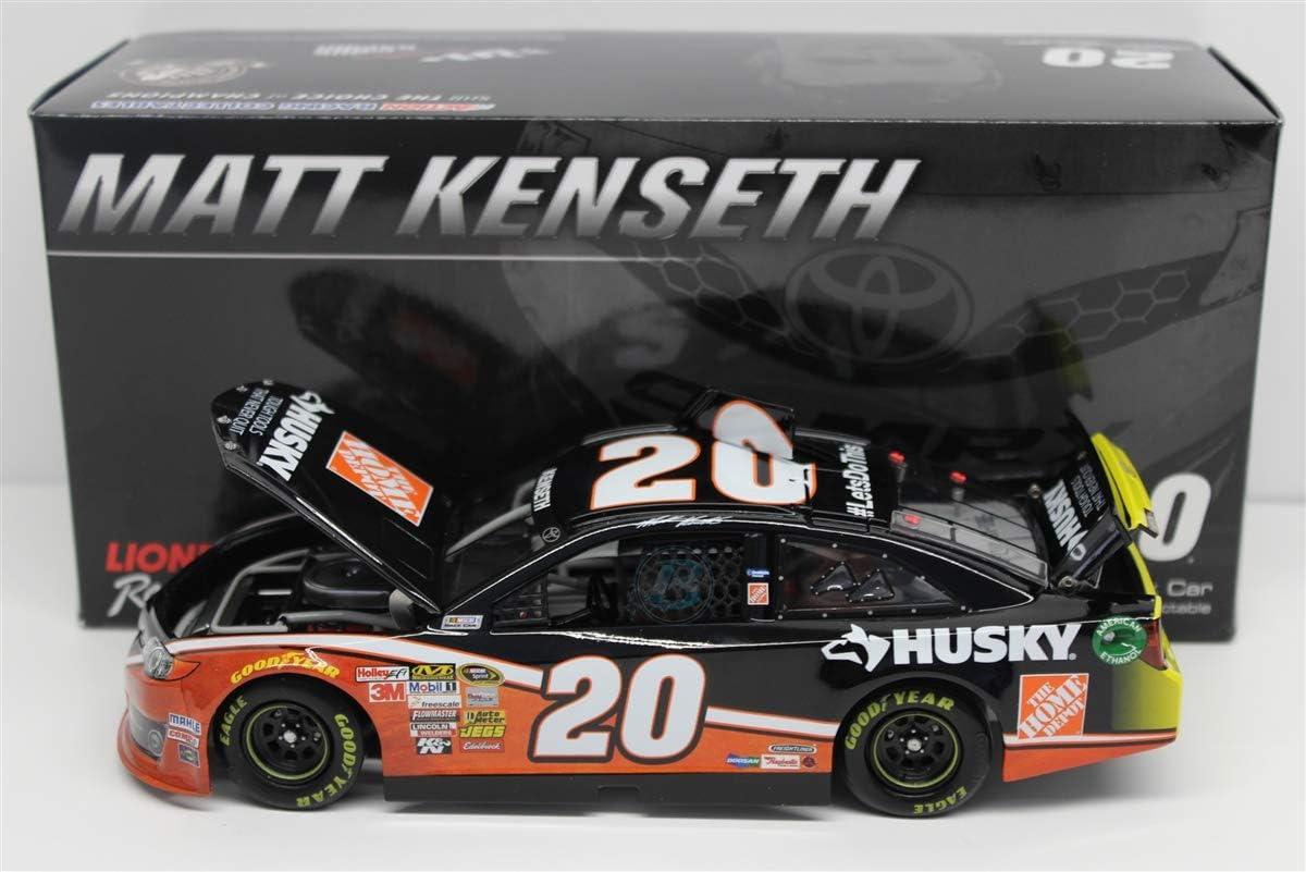 NASCAR Matt Kenseth #20 Husky/Home Depot 1/24 Car 2014