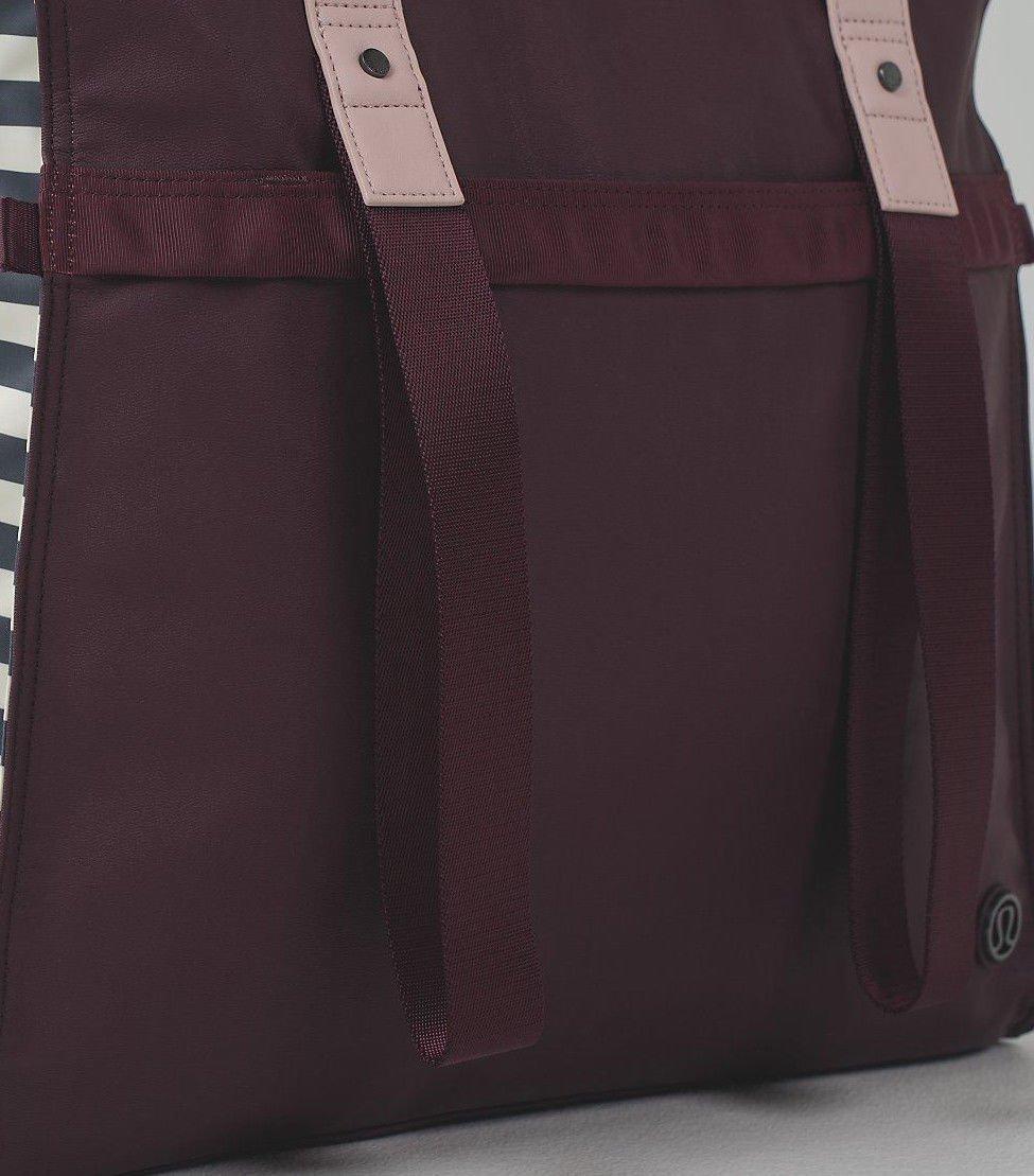 c694617aaee Lululemon follow your bliss bag bordeaux drama apex stripe sports outdoors  jpg 975x1109 Lululemon bliss bag