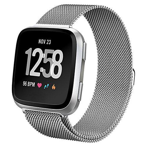 hooroor Compatible with Fit bit Versa Bands Women Men, Milanese Loop Stainless Steel Metal Sport Bracelet Strap Magnet Lock Wristbands Replacement for Fit bit Versa Smart Watch (Silver, Small)