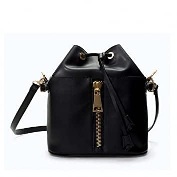 Amazon.com: Bucket Bag Leather Drawstring Handbags zipper ...