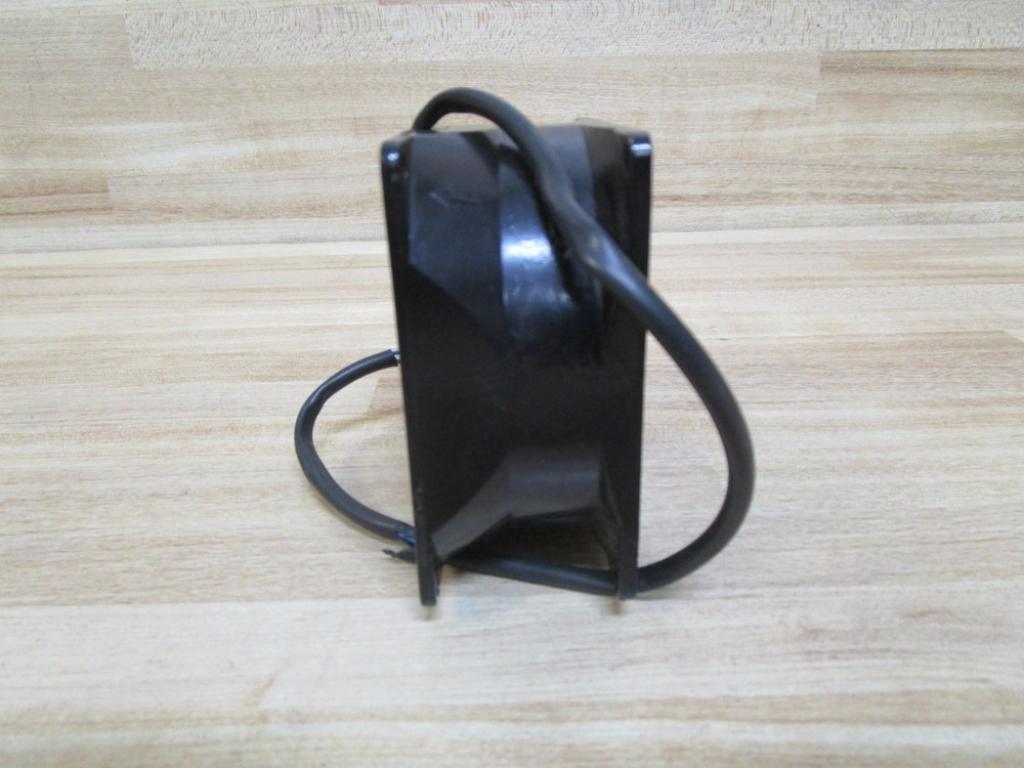 35.9 cu.ft//min 80 mm 8000N Series Axial Fan 35 dBA AC 38 mm 115 V
