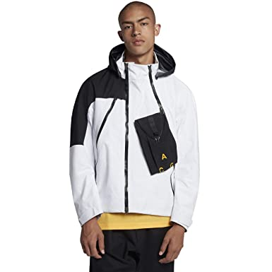d4cf4713c649 Amazon.com  Nike Lab ACG Gore-Tex Deploy Men s Jacket  Clothing