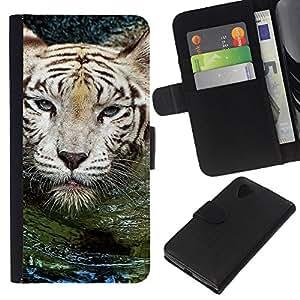 All Phone Most Case / Oferta Especial Cáscara Funda de cuero Monedero Cubierta de proteccion Caso / Wallet Case for LG Nexus 5 D820 D821 // Tiger Water Cute Nature Swimming Animal