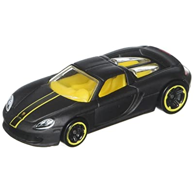 Hot Wheels 2016 HW Exotics Porsche Carrera GT 74/250, Black: Toys & Games
