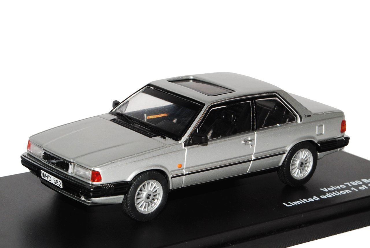 Ixo Volvo 780 Bertone Coupe Silber 1985-1990 limitiert 1 von 600 Triple 9 1 43 Modell Auto B00PJ2UD4W Miniaturmodelle Sorgfältig ausgewählte Materialien | Nutzen Sie Materialien voll aus