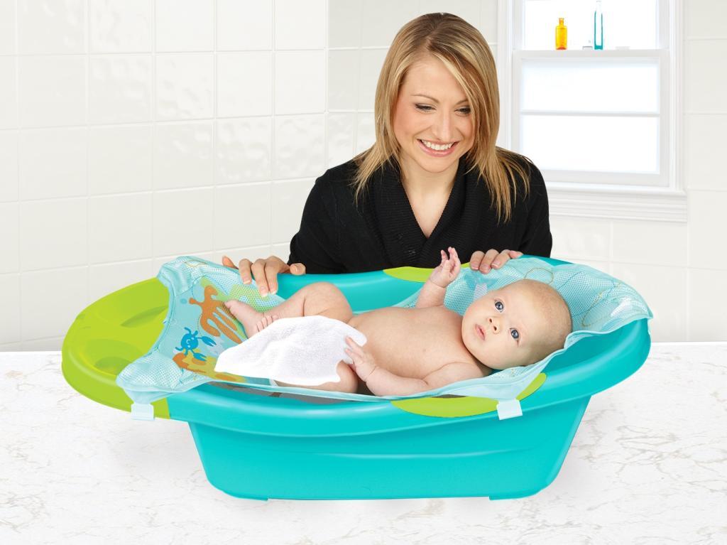 Amazon.com : Sassy Disney Fun Bath Tub, Finding Nemo (Discontinued ...