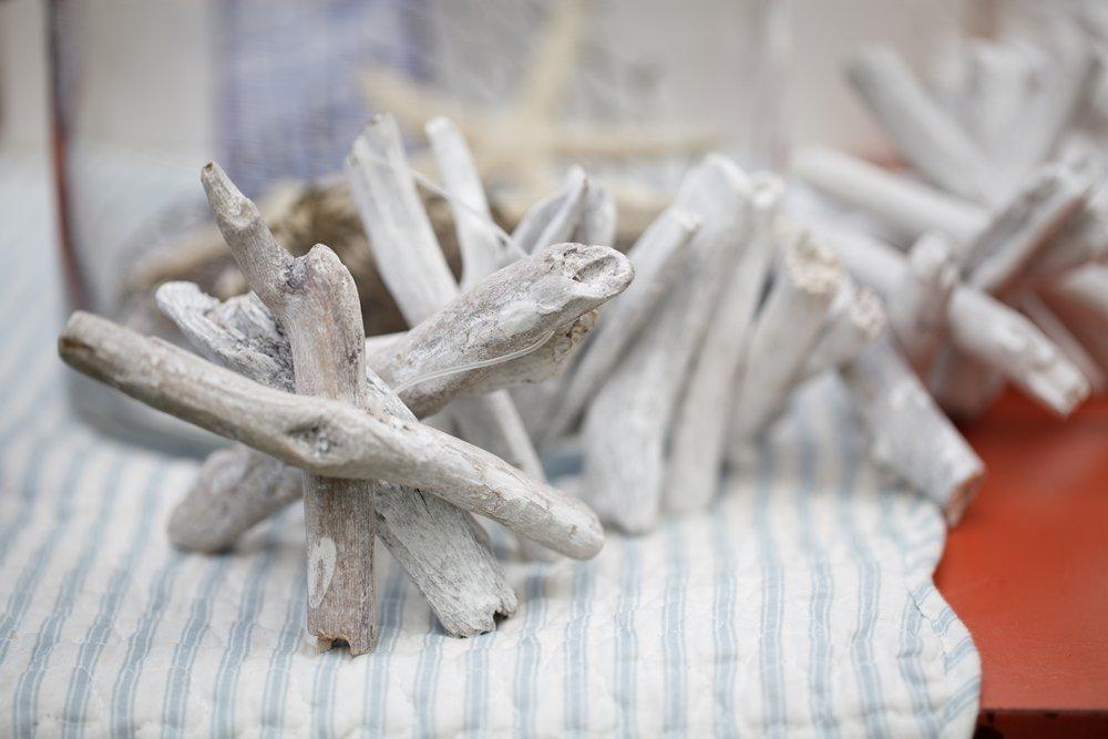 Kalalou PFR1221 White WASH Driftwood Garland