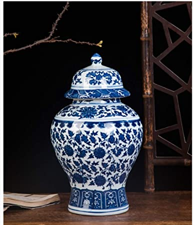China Exquisite Hand Painted flower Blue and White Porcelain vase