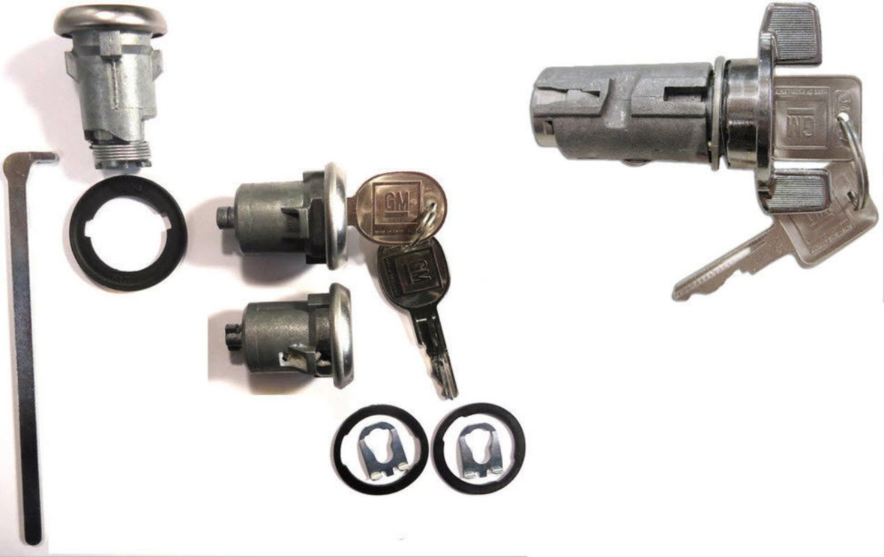 GM OEM Chrome Ignition Key Switch Cylinder /& Door Lock Pair Set W// GM Keys