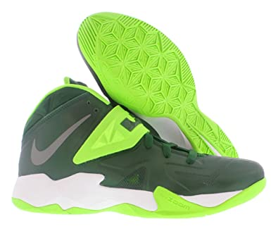 Amazon.com   Men's Nike Zoom Soldier VII TB Lebron James Basketball Shoes  (11.5, GORGE GREEN/METALLIC SILVER-ELECTRIC GREEN)   Basketball