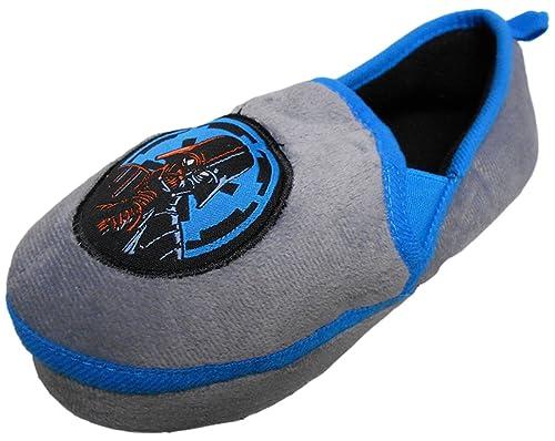 f4e543d47db9d9 Star Wars Boy s Darth Vader Slippers (9-10 M US Toddler) Grey