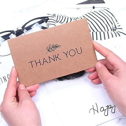 Tarjeta de felicitación con sobres de papel de estraza ...