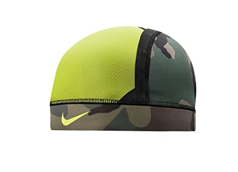 d7b0ce4177c46 Image Unavailable. Image not available for. Color  NIKE Pro Combat  Hypercool Vapor Skull Cap 3.0 ...