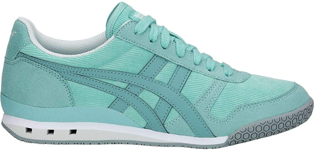 Onitsuka Tiger by Asics Women s Ultimate 81¿ Blue Bell Gris Blue 5.5 ... 606235d16c4