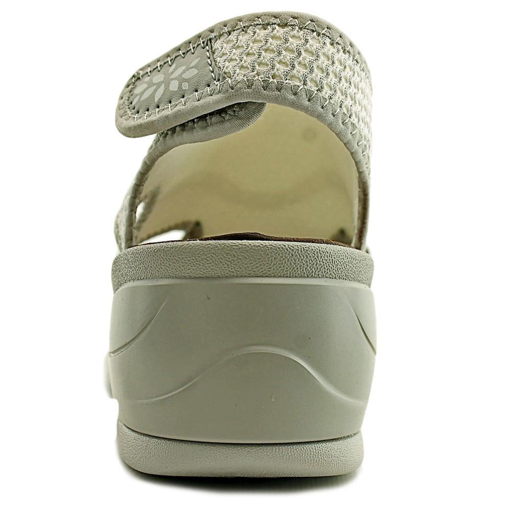 BZees Women's Kiss Wedge Sandal B06Y1V4RYL 9.5 B(M) US|White