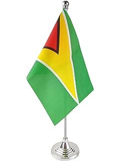 AZ FLAG Madagascar Table Flag 4 x 6 golden spear top Madagascan Desk Flag 15 x 10 cm