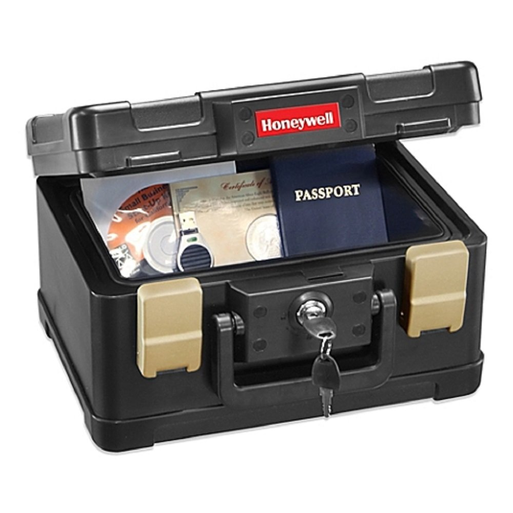 Honeywell 48-Hours Water and Fire-Resistant Chest with Dual Compression Latches for Added Water Protection Comes with 2 Entry Keys