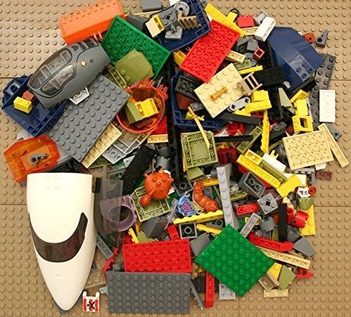 Lego 200 Random Pieces of Good Clean Used Bricks (Including Minifigure Pieces)
