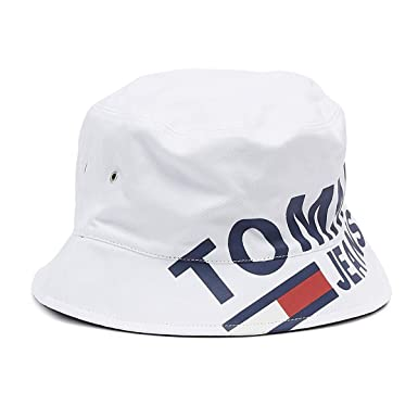 90293acda2bcc5 Tommy Jeans Men's Logo Reversible Bucket Hat, White, One Size at Amazon  Men's Clothing store: