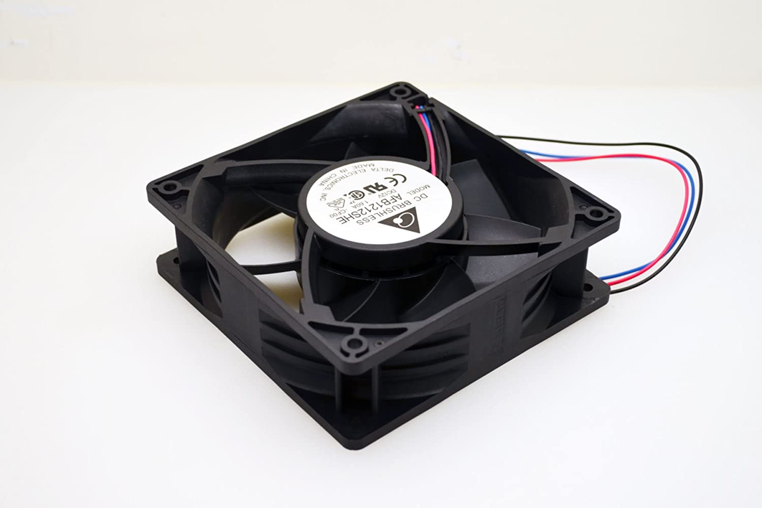 61gGXk5xBjL._SL1500_ amazon com ultra strong 12cm dc12v cooling fan 200cfm Basic Electrical Wiring Diagrams at n-0.co