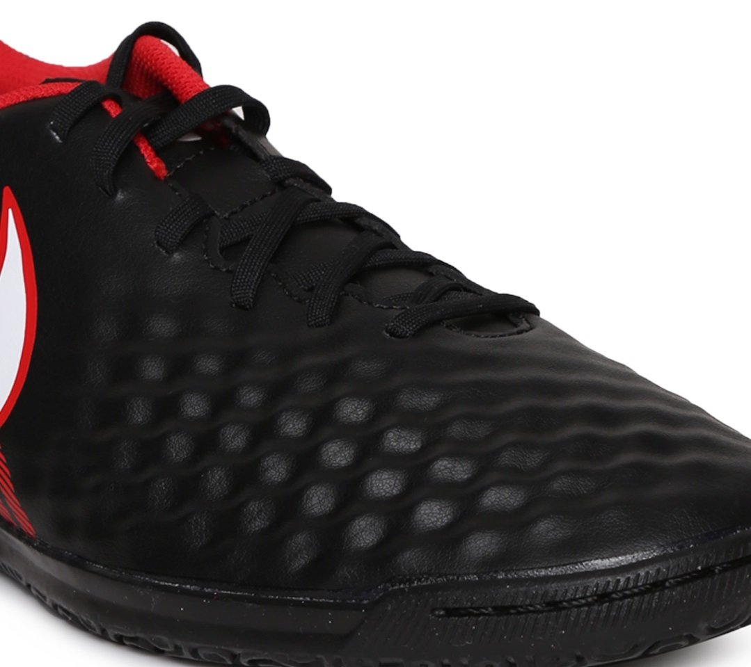 check out 2ec82 b671b Amazon.com  Nike Magista Ola II Indoor Soccer Shoes (Black Red)  Shoes
