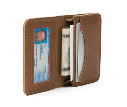 13b9fe91f71c6 Amazon.com  Saddleback Leather Co. RFID-Shielded Full Grain Leather Bifold  Pouch Wallet for Men Includes 100 Year Warranty  Clothing