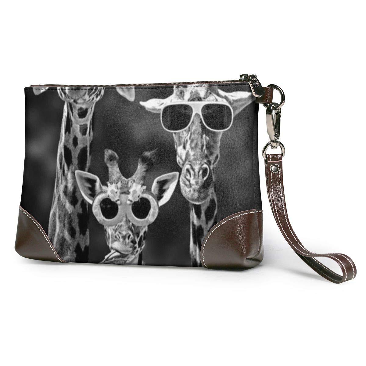 Cool Giraffe Family Women...