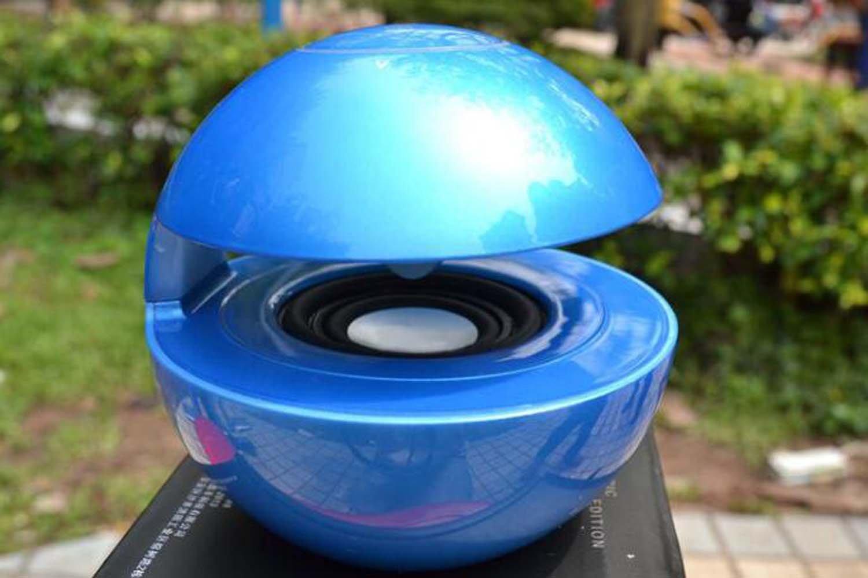 HZHYカラフルライトミニBluetoothスピーカーワイヤレスカードBluetoothスピーカーワイヤレスポータブル旅行Bluetoothスピーカー暴君(レッド、ブルー、ホワイト、グレー、ゴールド、ブラック), ブルー, hzhy  ブルー B07CB144KG