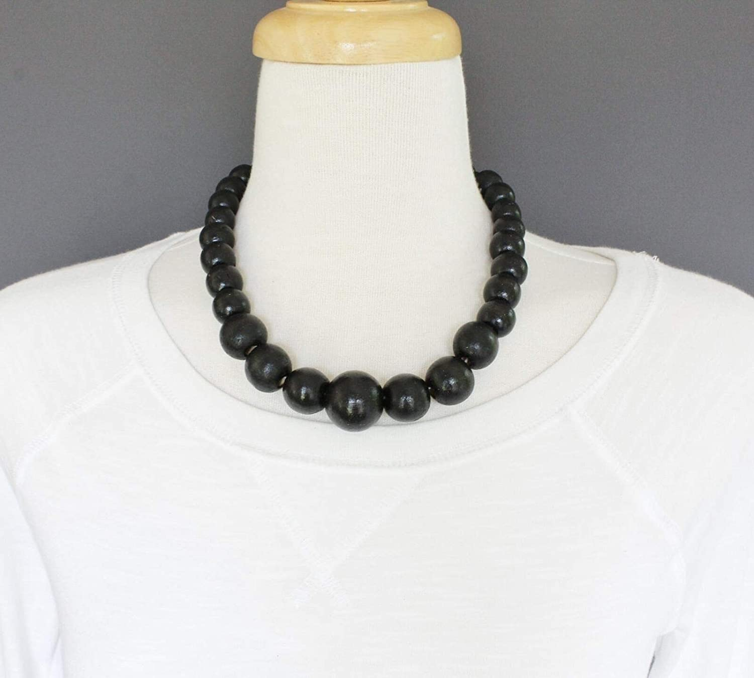 Wooden necklace for women trendy long chunky necklaces