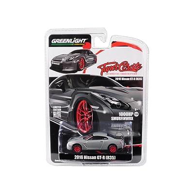 Greenlight 1: 64 Tuner Crate - 2016 Nissan GT-R (R35) (Grey Metallic) Diecast Vehicle: Toys & Games