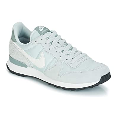 save off cbe23 30e56 Nike WMNS Internationalist Chaussures de Fitness Femme, Multicolore (Light  Silver Summit White