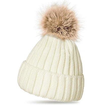 be74ac8a34f Women Ladies Winter Pom Pom Hat Cosy Beanie Warm Winter Cap Pom Pom Bobble  Hat (WHITE)  Amazon.co.uk  Kitchen   Home