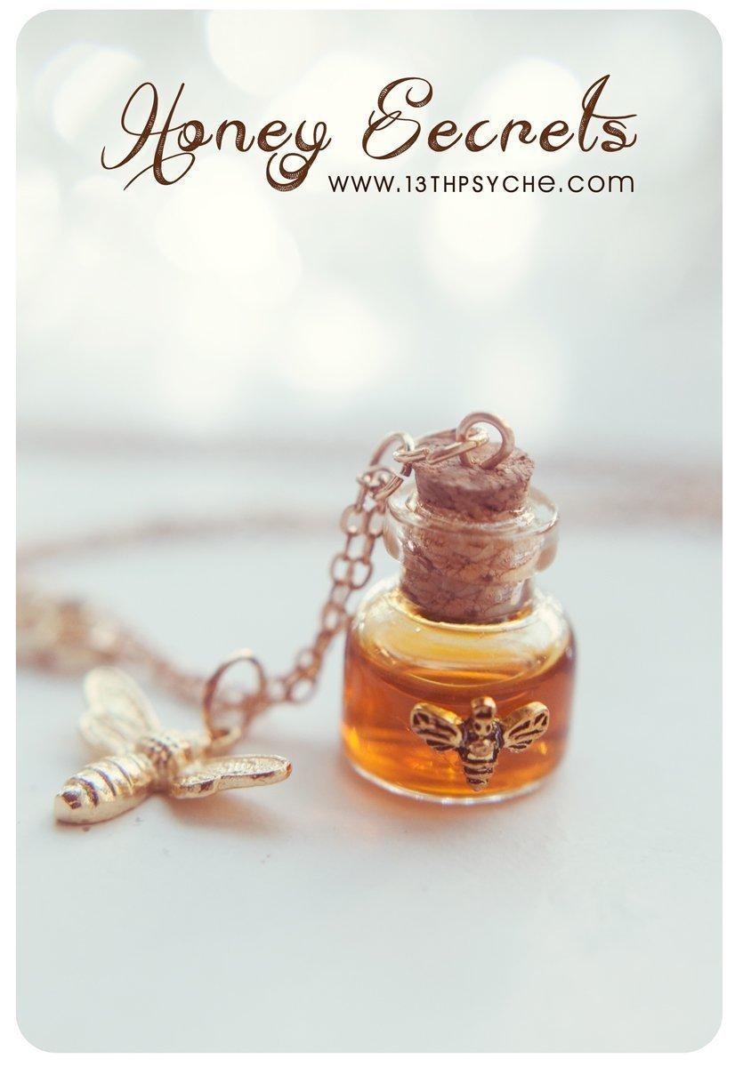 Collar de botella de miel. collar de frasco de miel. vidrio Pendant.miniature botella botella collar, collar de la abeja, poción botella colgante de regalo ...