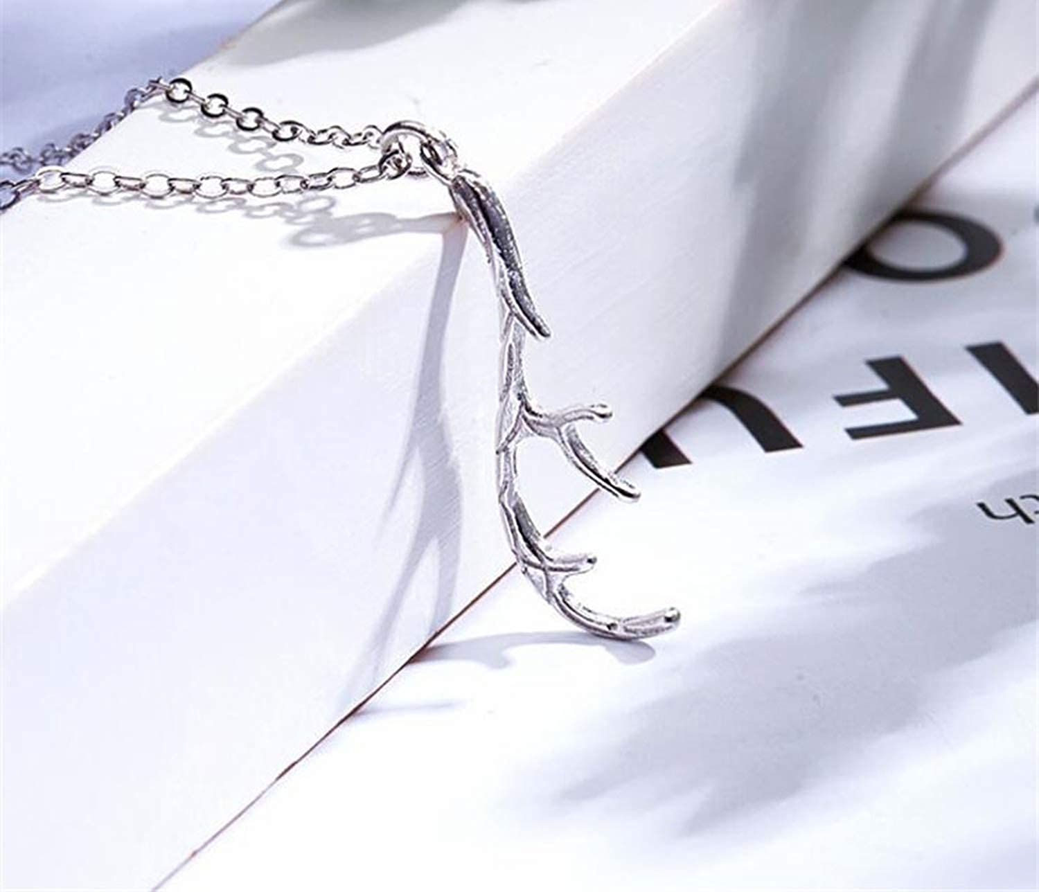 Chibi-Store 925 Sterling Silver Small Fresh Black Antler Necklace Literary Simple Sweet Trend Jewelry ED056