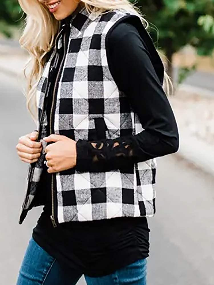 Womens Quilted Vest Jacket Buffalo Plaid Casual Zip Up Sleeveless Puffer Coat with Pocket