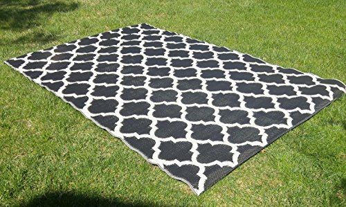 Santa Barbara Collection 100% Recycled Plastic Outdoor Reversable Area Rug  Rugs White Black Trellis San1001blk 5u002711 X 9u00273   Made In USA