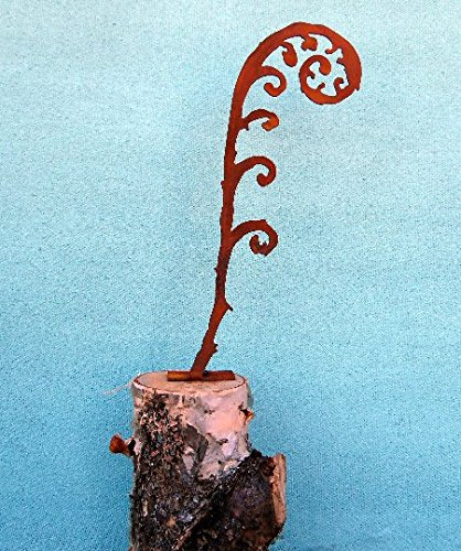 Tall Steel Silhouette with a Rusty Patina Elegant Garden Design Fern Frond