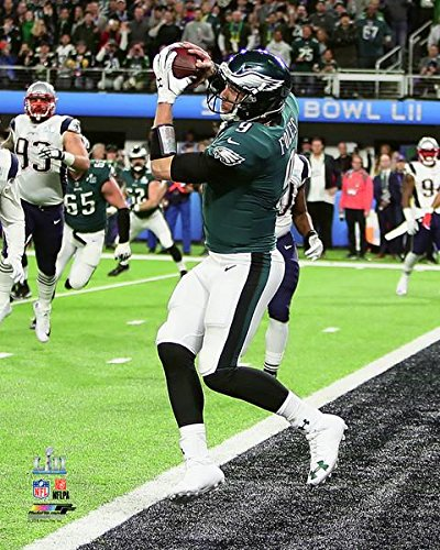 Philadelphia Eagles Super Bowl 52 Mvp Nick Foles Catches The Only Touchdown By A Quarterback In Super Bowl History  8X10 Photo  Picture