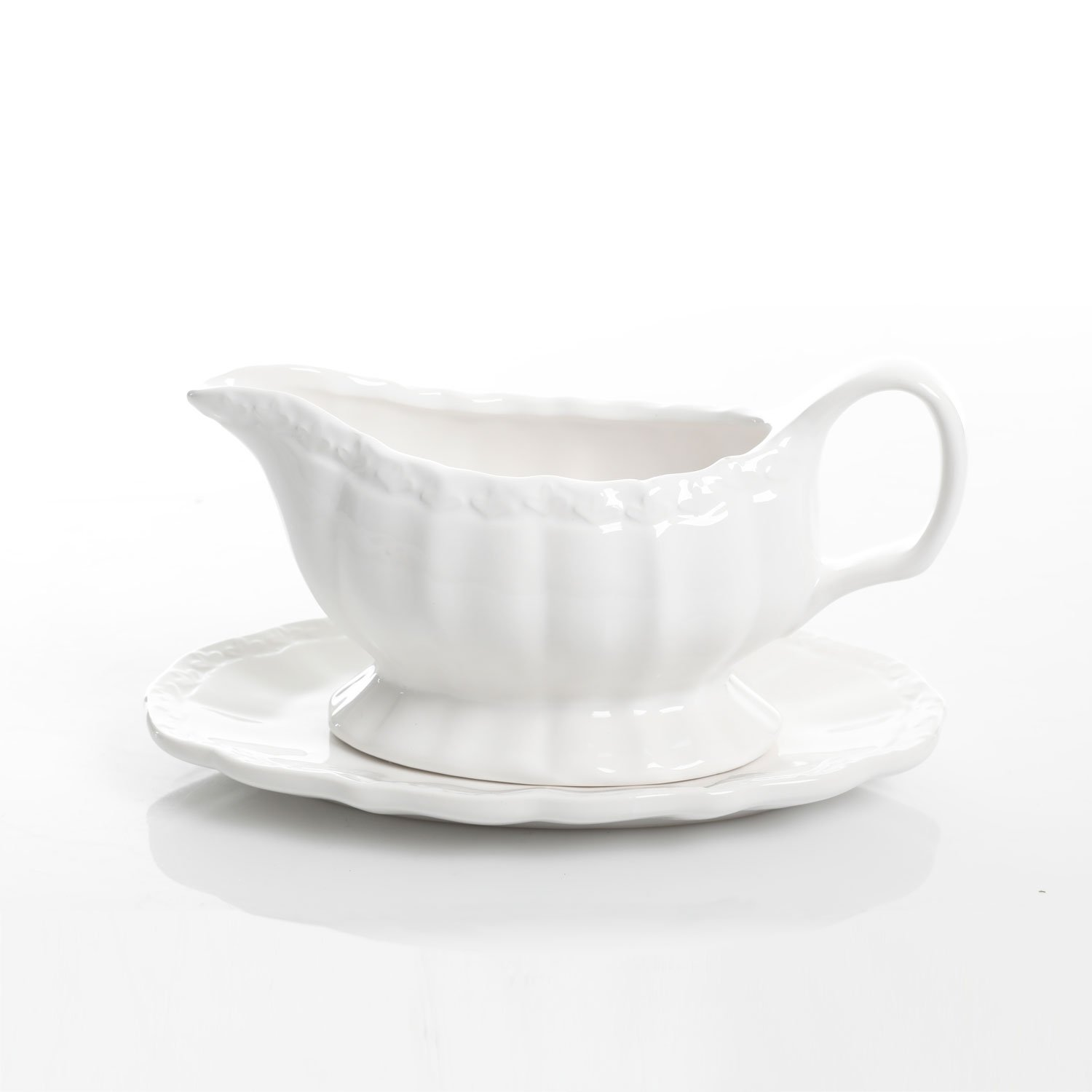 Gibson Home Cafe Posh 15 Ounce Gravy Boat with Saucer, White