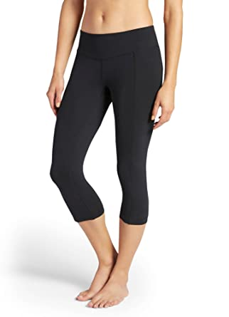 64acf02a139f7 Jockey Women's Activewear Essential Capri at Amazon Women's Clothing store: