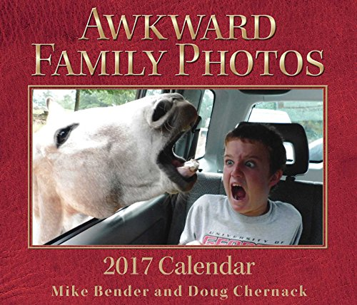 Awkward Family Photos 2017 Day-to-Day - Daily Calendar Off