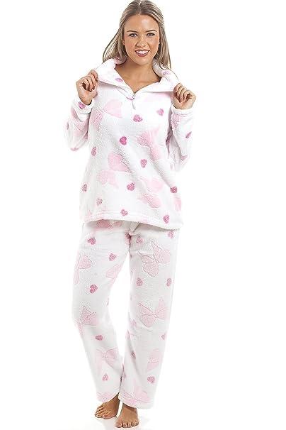 Camille - Conjunto de pijama largo de forro polar suave - Estampado de corazones rosas y