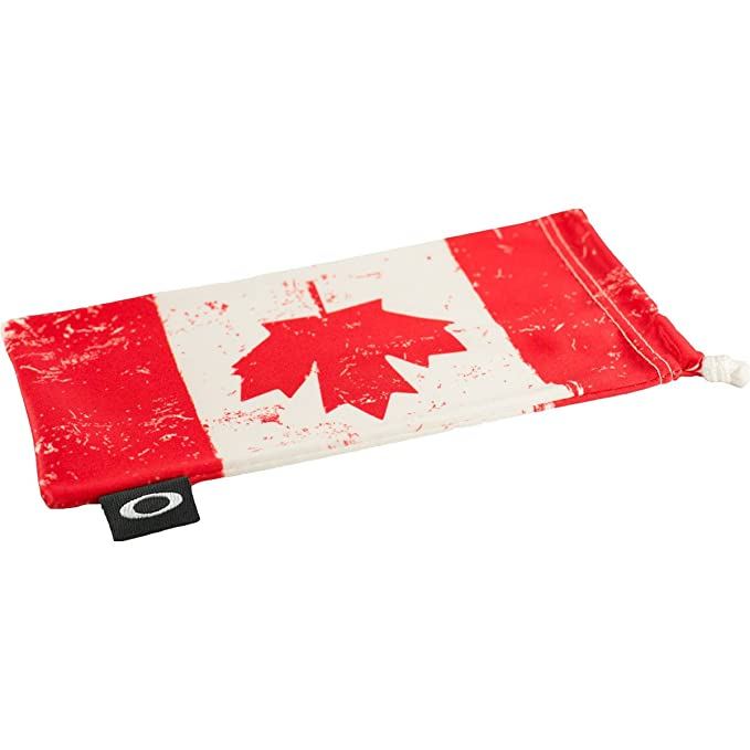 bebcb75602b Amazon.com  Oakley Microclear Microbag Sunglass Accessories - Canada ...