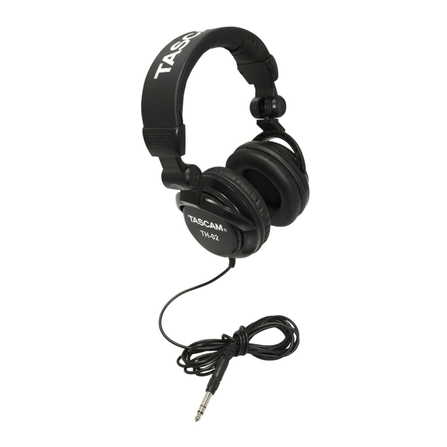 Yamaha MG06 6-Input Compact Stereo Mixer with 30ft Xlr-To-Xlr Female-To-Male Mic Cable, 10 ft Instrument Cable, Samson Stereo Headphones and Micro Fiber Cleaning Cloth