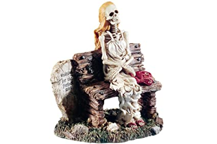 Skeleton waiting for the perfect man