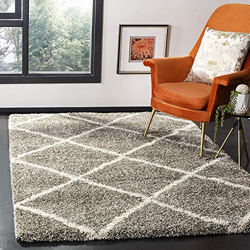 Safavieh Hudson Shag Collection SGH281B Grey and Ivory Moroccan Diamond Trellis Area Rug (8' x 10')